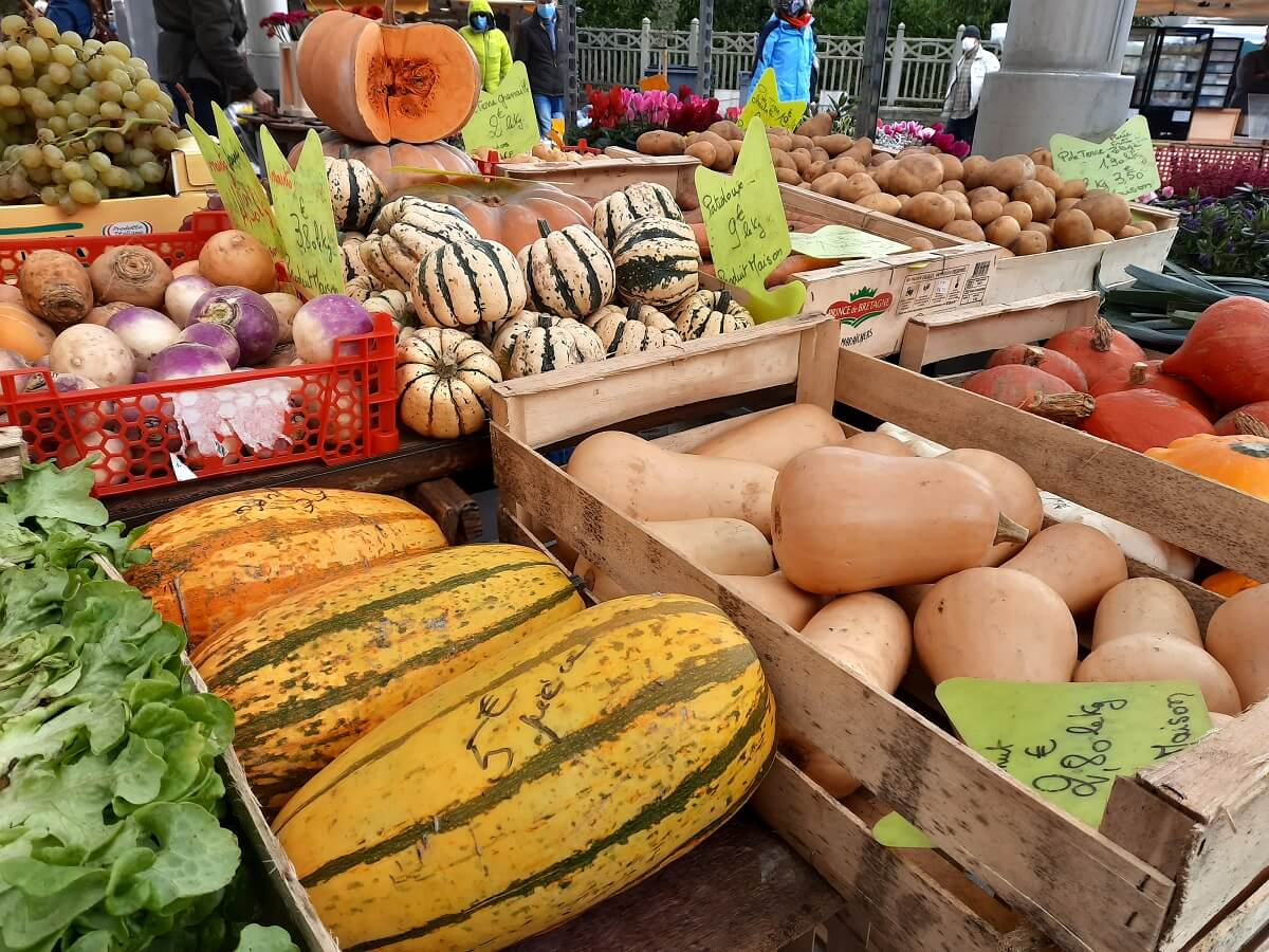 weekly fruit and vegetable market short circuit flavours of normandy